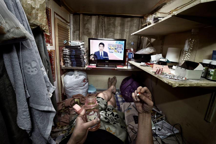 PHOTOS Inside Hong Kongs CoffinSized Apartments