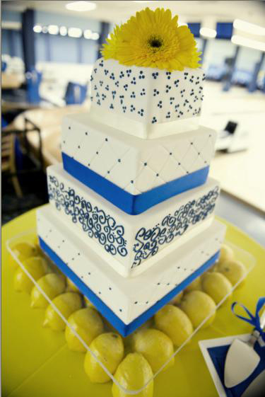 blue and yellow wedding cakes pictures blue and yellow wedding cake that s my cake 11971
