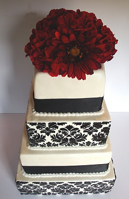 Black-Damask-Wedding-Cake