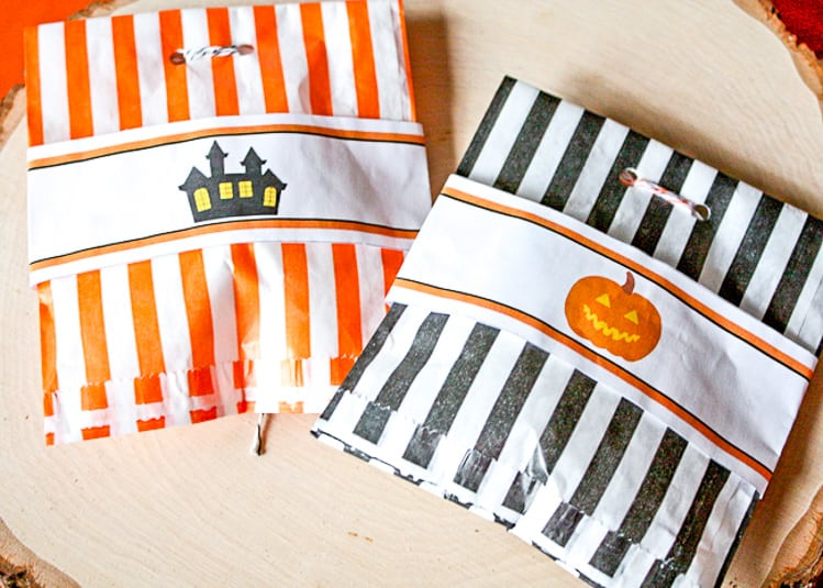 Halloween Treat Bags with the Labels decorating the treat bags