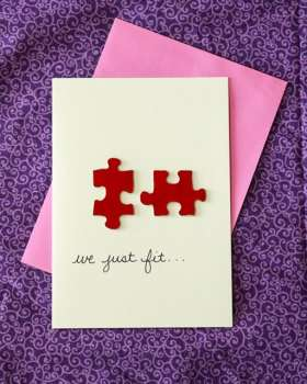 DIY Valentine's Day Card at www.thatswhatchesaid.com