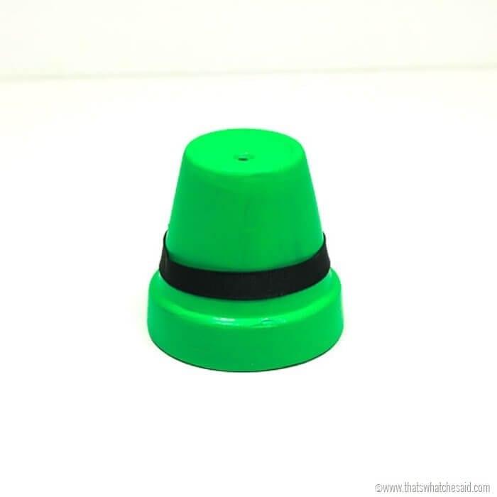 Leprechaun Hats - Clay Pot Craft Idea