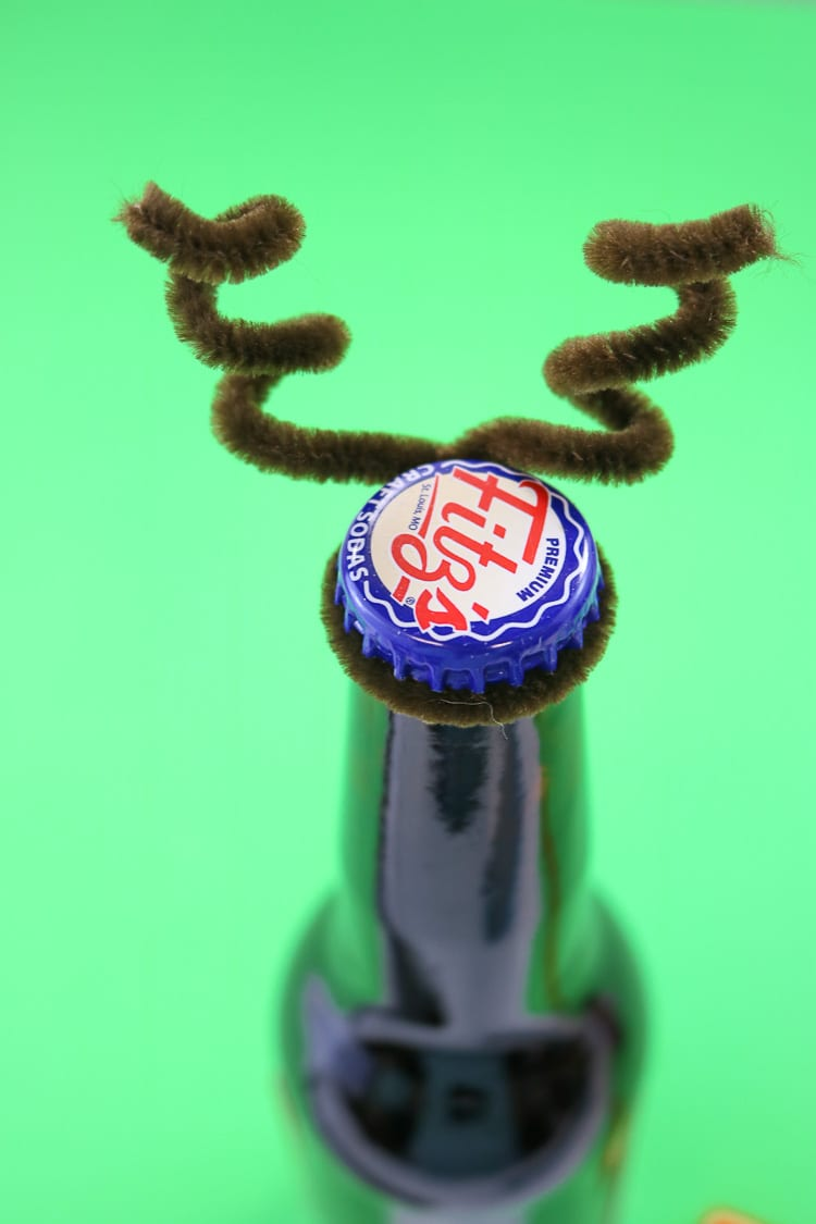 How to Make Pipe Cleaner Antlers