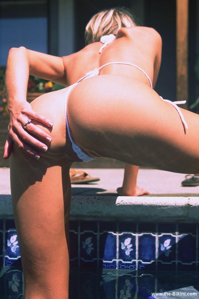 Extreme bikinis for sexy women Thebikinicom micro bikinis