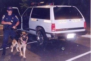 Dep. Bell and Tarras ready to track a suspect