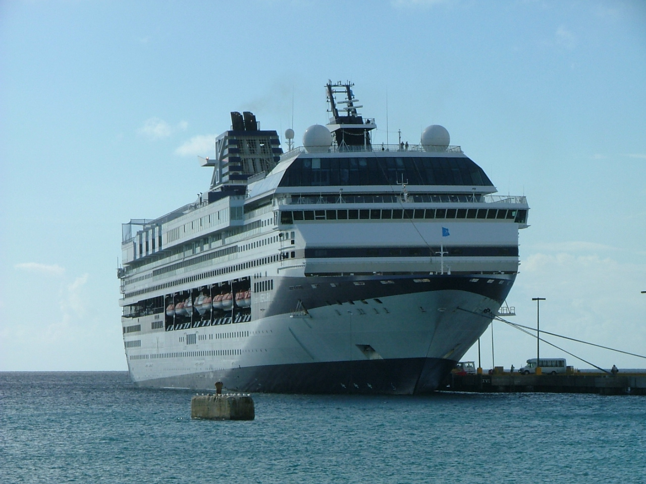 55 Celebrity Cruises passengers robbed at gunpoint in St ...