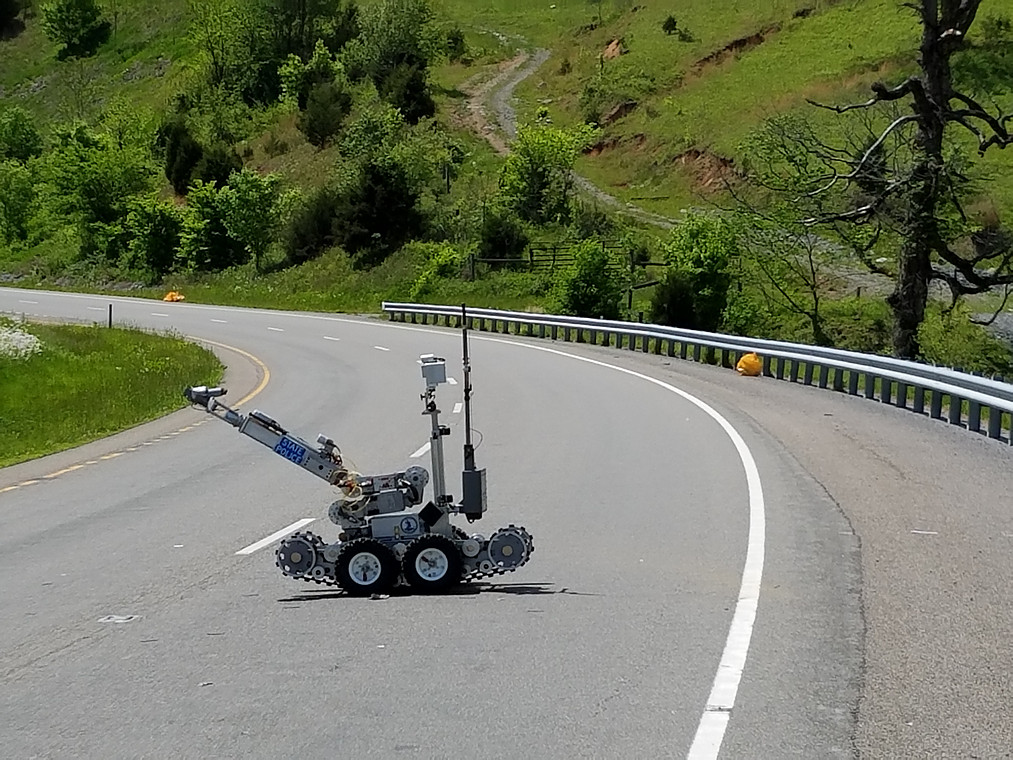 Virginia State Police bomb robot disarmed pipe bomb found along roadside by cleanuup workers. Photo courtesy of Lee County Sheriff and taxpayers.
