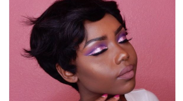Glitter Makeup Trend, Glitter Makeup, Glitter Eyeshadow, Makeup Tutorials for Black Women, Makeup Tutorials for Black Girls, The Best Natural Hair Products, Natural Hair Care, Black Blogs, Shopping Blogs, Shopping Guide, Black Bloggers, Fashion Blogs, Black Women Blogs, Black Women Magazines