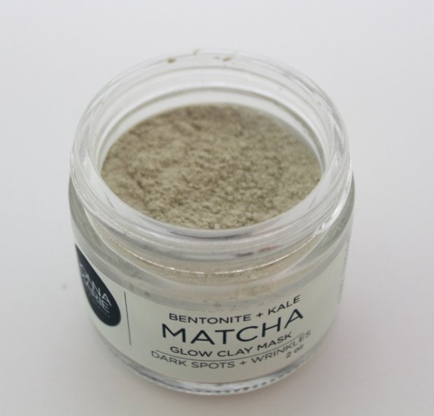 Donna Marie Matcha Glow Mask, Black Owned Beauty Products, Black Owned Cosmetics, Black Owned Makeup Brands, Beauty Products for Black women, Beauty products for african american women, #BlackGirlMagic, Skincare for black women, Skincare for dark skin, Black owned skin care products, how to care for african american skin, summer skin care for african american women, Black Girl Glow