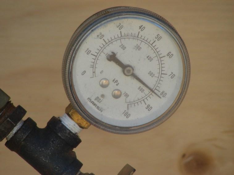 water supply pressure gauge