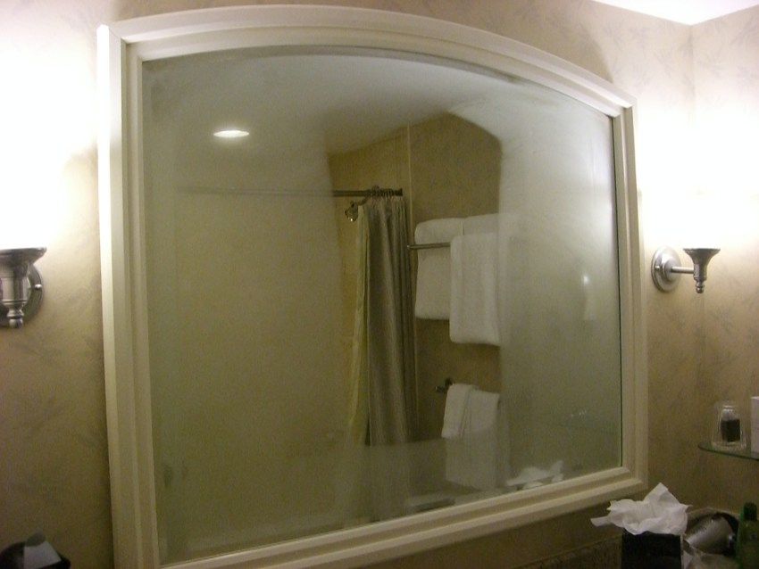 stop your bathroom mirrors from fogging up permanently
