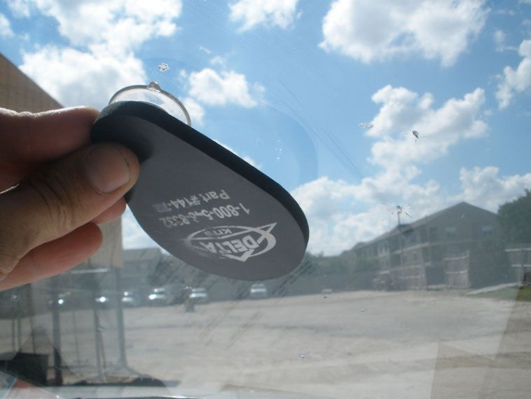 windshield chip or crack repair mirror