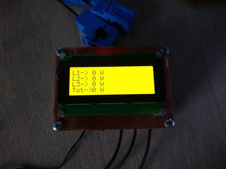Simple 3 Phase Arduino Energy Meter Total Power Screen