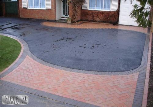 Various Styles of Tarmac Driveways