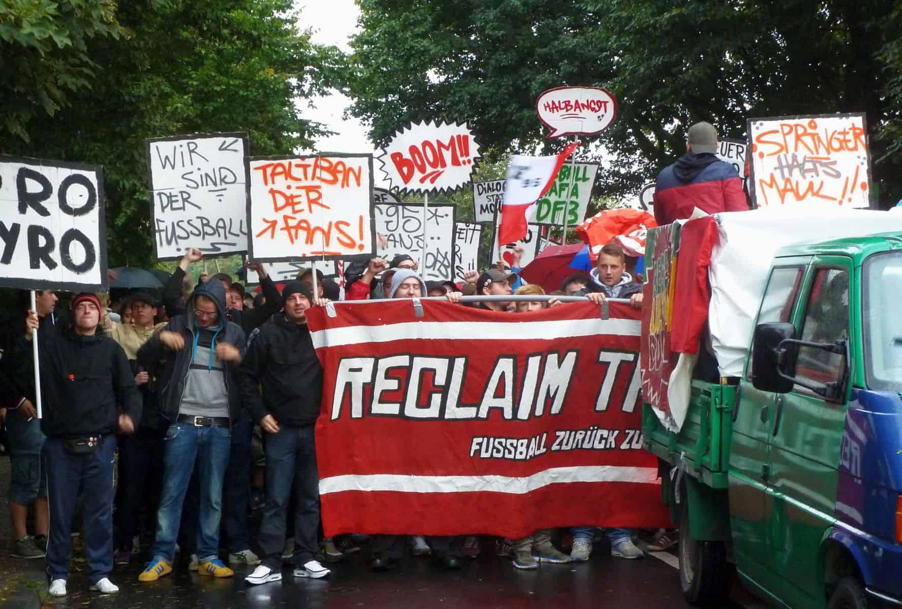 Die Fortuna-Fan-Demo im August 2012