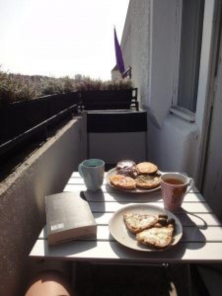 Ernährung im Alltag - hinsetzen und genießen! Und das Buch bleibt zu!