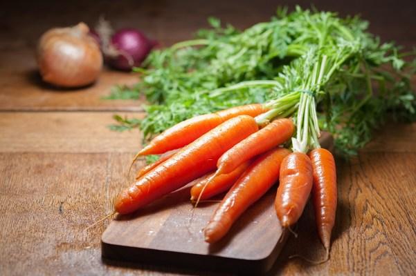 Frisches Gemüse in süss-saurer Soße