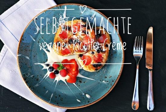 Auch als Dessert ein Hit: Vegane Ricotta-Creme zu Beeren-Pancakes