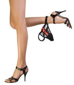 Panty on foot © Nomadsoul1 | Dreamstime.com