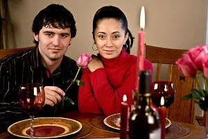 couple sharing a meal © Robert Nystrom | Dreamstime.com