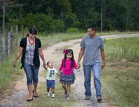 Family taking a walk © Michael Wood | Dreamstime.com