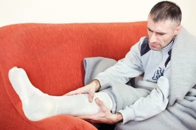 Broken leg © marin | freedigitalphotos.net