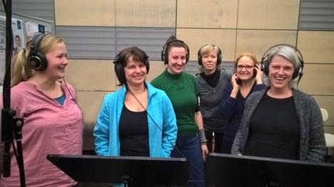 Alt-Sängerinnen bei der CD-Aufnahme