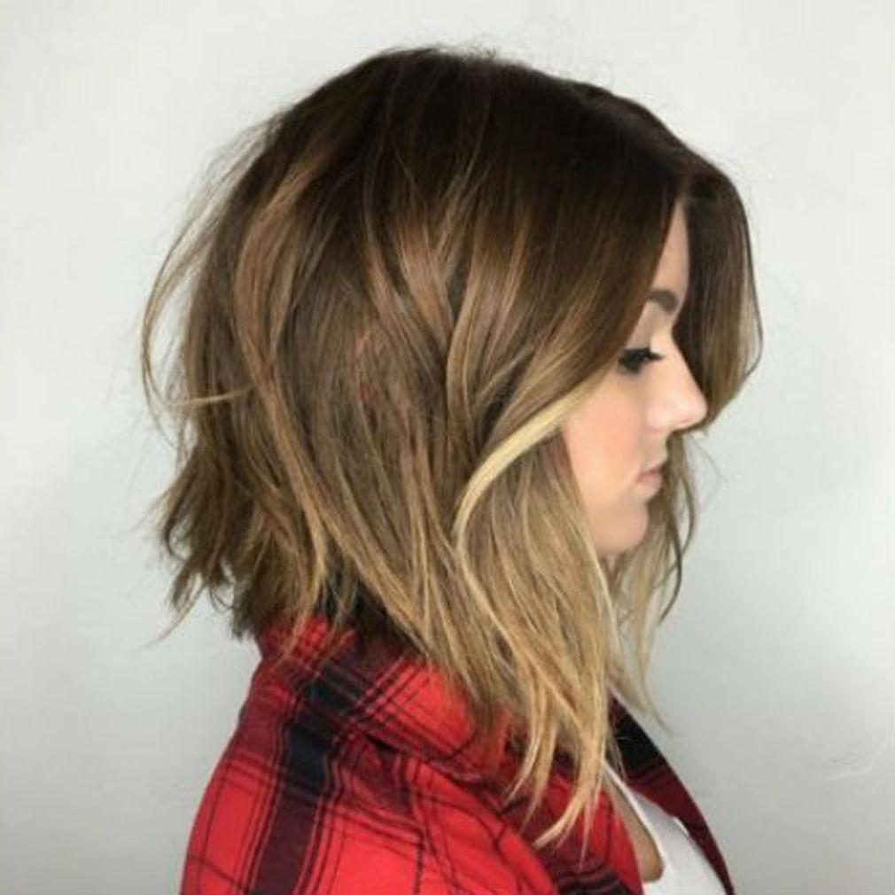 Se Couper Les Cheveux Soi Meme Carré Plongeant Gratuit | Blaguesko