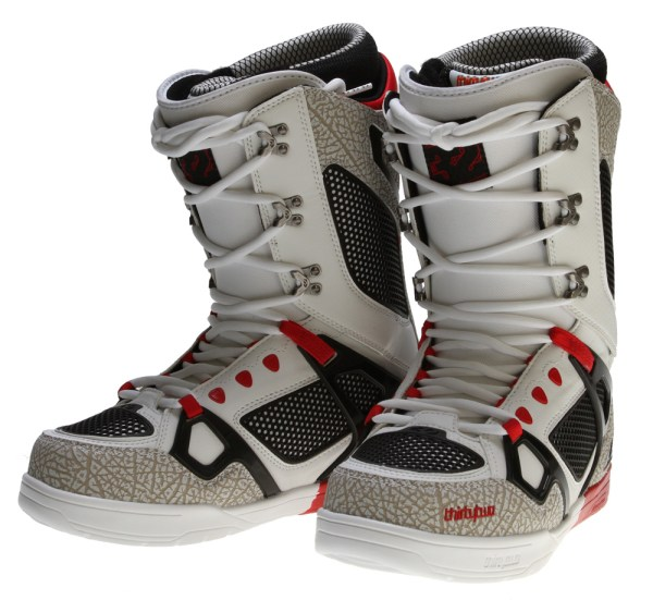 32 Snowboard Boots 2012