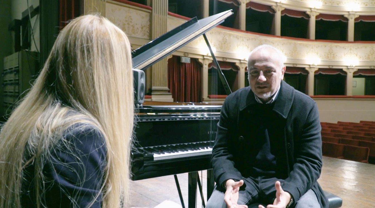 Danilo Rea al teatro degli illuminati di Città di Castello intervistato da Cristina Crisci