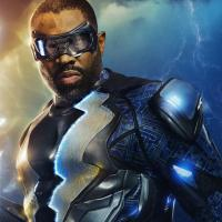 Review: Black Lightning 1x1 (US: The CW; UK: Netflix)