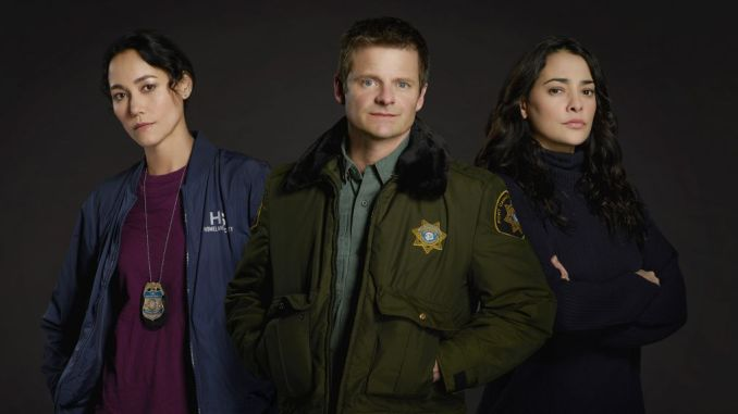 Sandrine Holt, Steve Zahn and Natalie Martinez in The Crossing