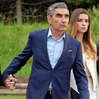 Schitt's Creek cancelled; Deadwood movie teaser trailer; + more