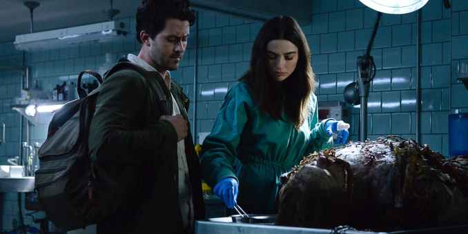Andy Bean and Crystal Reed in DC Universe's Swamp Thing