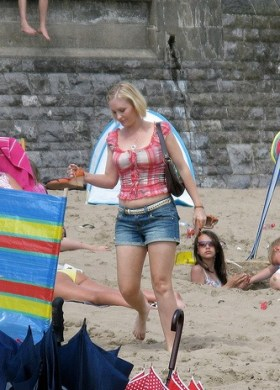 Joanna Page filming Gavin & Stacey