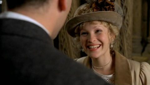 Joanna Page in the Lost World