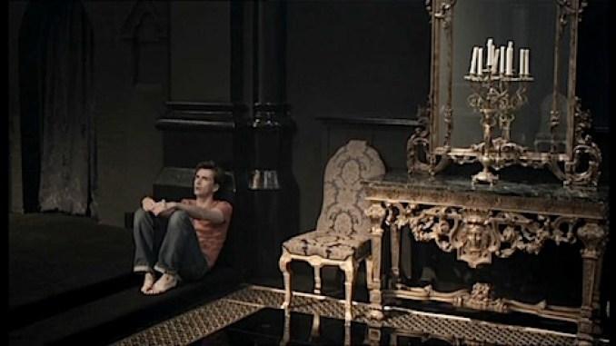 Rullsenberg's Sitting Tennant