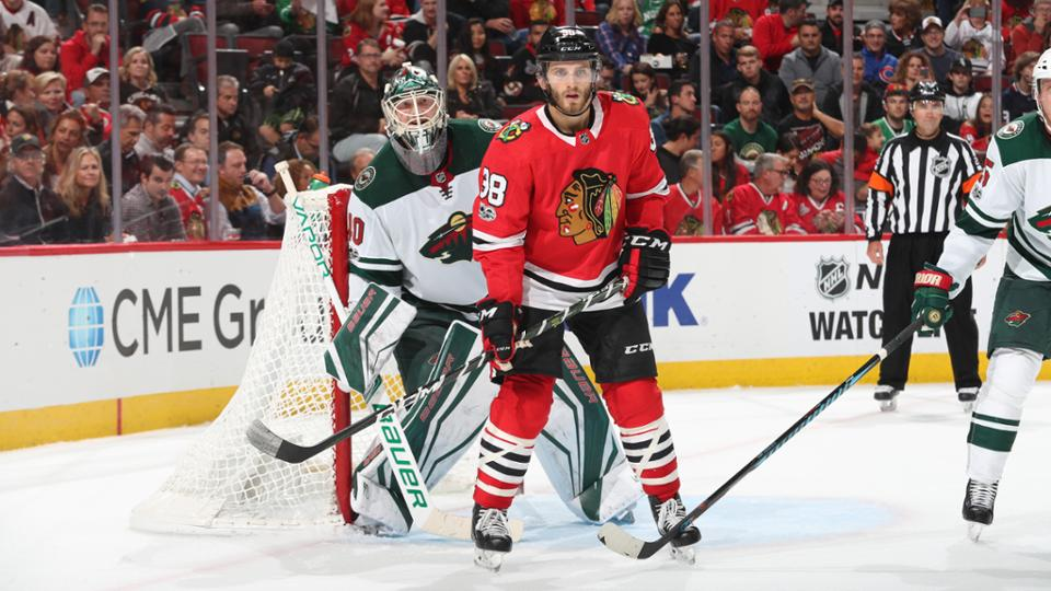 Blackhawks rip Wild, win 5th straight