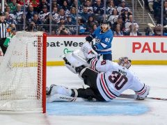 CHICAGO BLACKHAWKS VS. WINNIPEG JETS WINNIPEG, MB - DECEMBER 11, 2018
