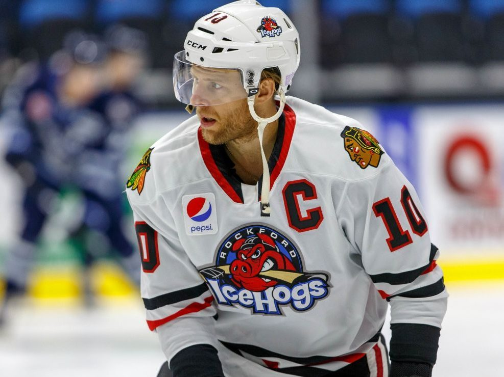 Kris Versteeg focused on helping young IceHogs development