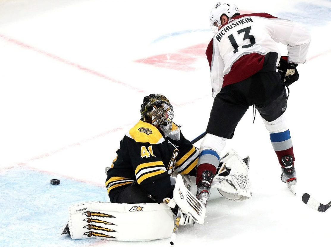 Avalanche Defeat Bruins 4-1 for Sixth Straight Win