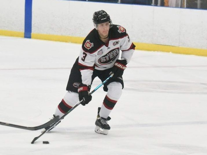 Chicago defeats Waterloo 5–1 with five-goal second period