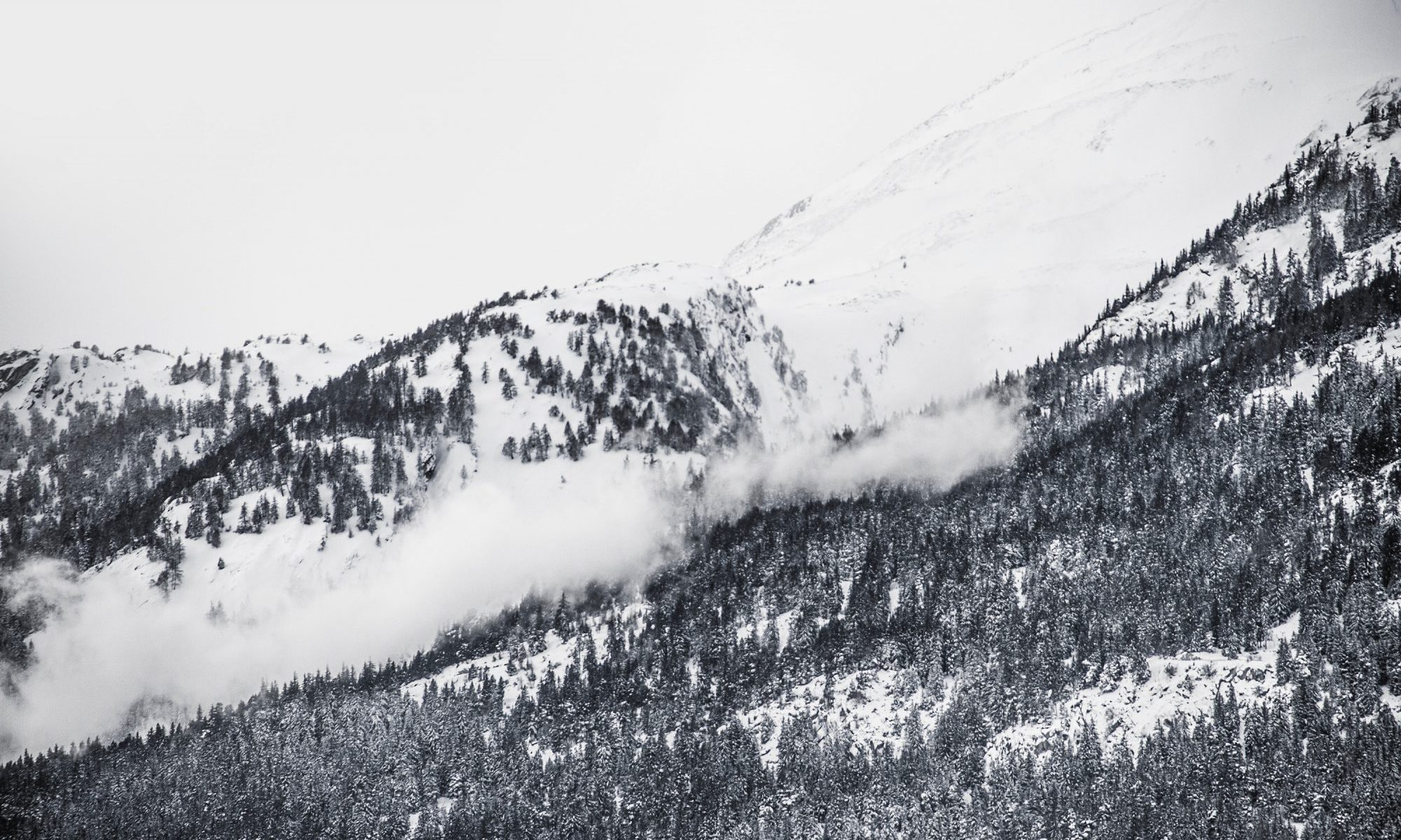 Avalanche danger - Photo by Caspar Rubin - Unsplash