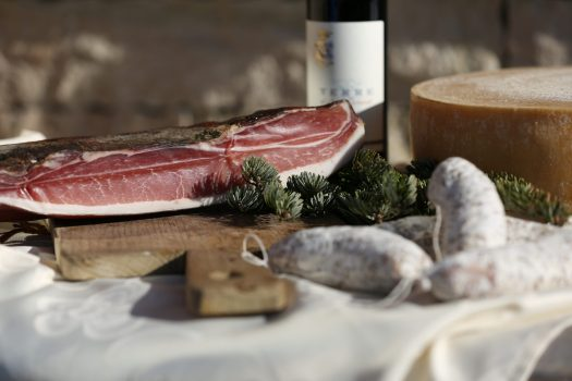 Alpe Cimbra - a gourmet experience for your senses - Photo by: Azienda per il Turismo Folgaria Lavarone Lusérn