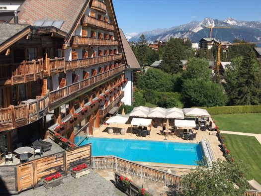 Hotel L'Etrier - its southern rooms have the views of the pool and the Alps. Photo: The-Ski-Guru.