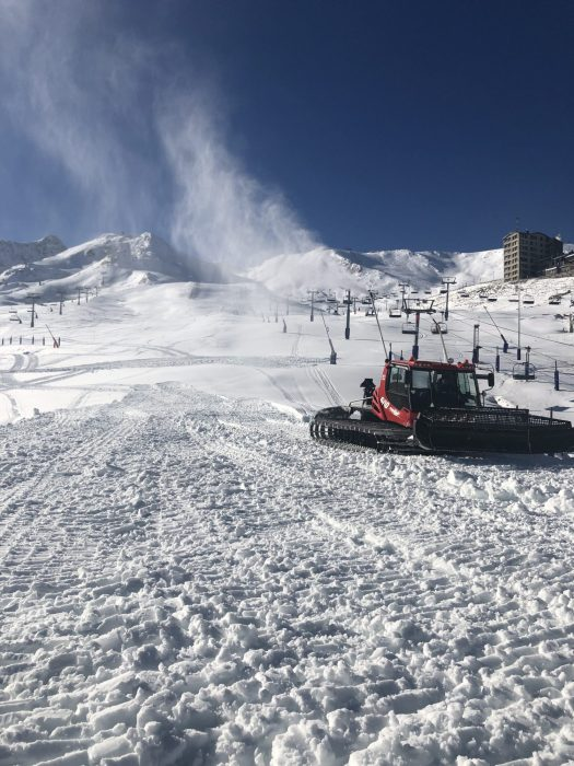 A snowcat is preparing the pistes in the Pas de la Casa Sector of Grandvalira. Grandvalira kick-starts the season this Saturday 1st of December with the partial opening of the Pas de la Casa and Grau Roig sectors.
