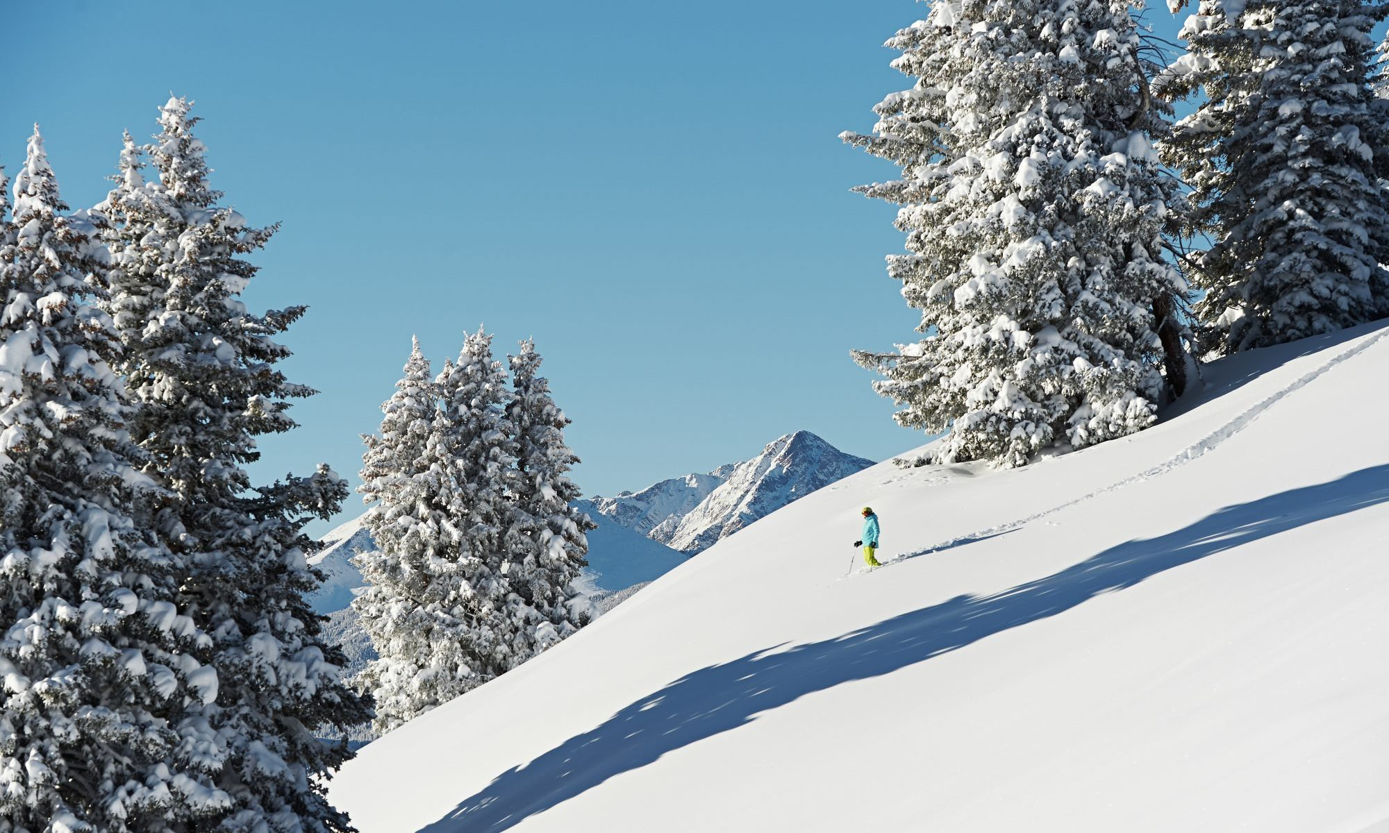 Back Bowls of Vail, Colorado. Photo: Jack Affleck - Vail Resorts. Epic Pass expans European Access in World-Class Resort in France and Italy: Les 3 Vallées in France and Skirama Dolomiti Adamello Brenta in Italy.