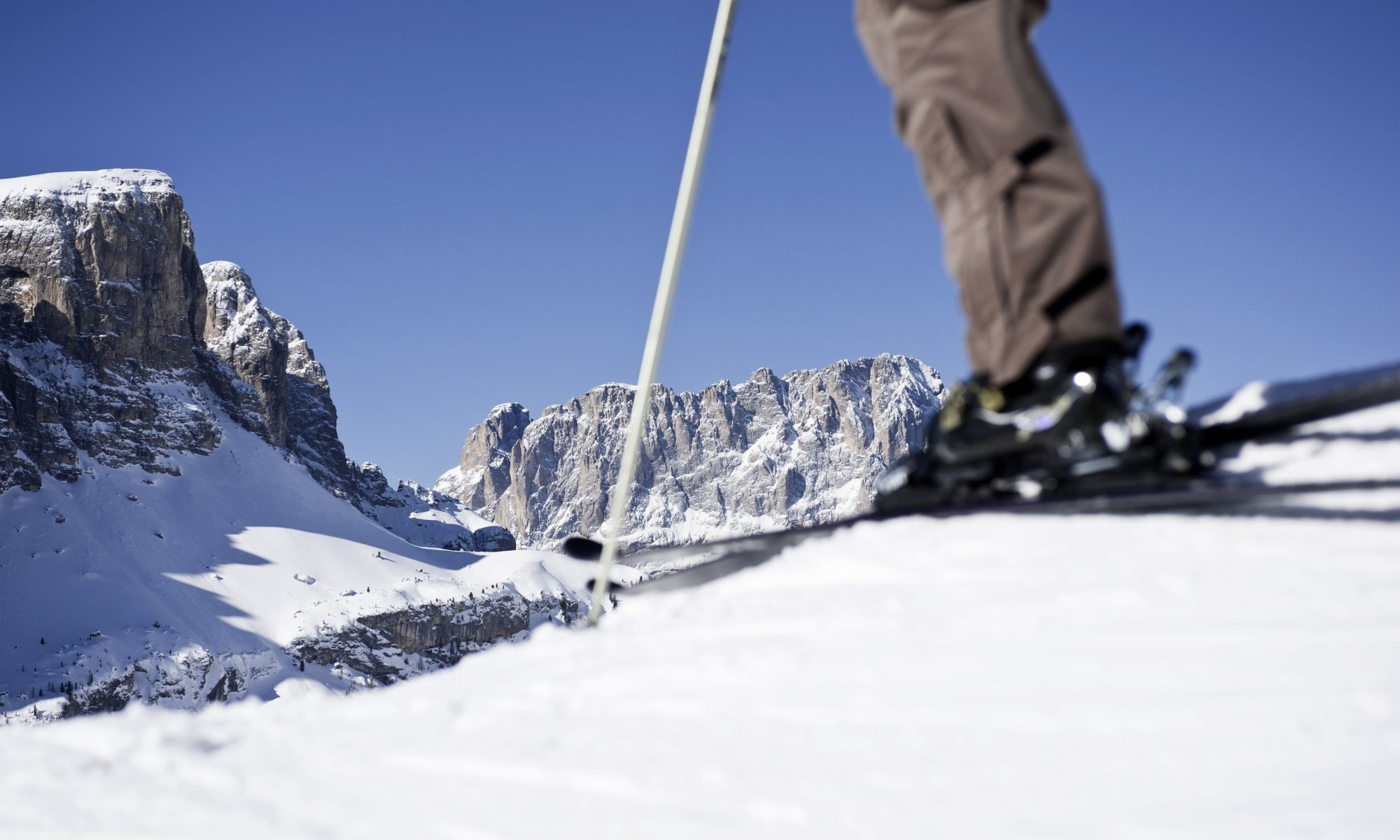These unique Dolomite vistas encompass the extensive Alta Badia ski area, with magnificent views of the Sasso Lungo Peak and the Sella Mountain Range. Season Opening's at the different ski resorts of Sudtirol and Christmas Markets. Photo: IDM Sudtirol.