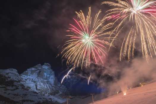 Fireworks with the Monte Cervino in the background. Photo Cervino Ski Paradise. Spot on Cervino Ski Paradise for the 2018-19 ski season.