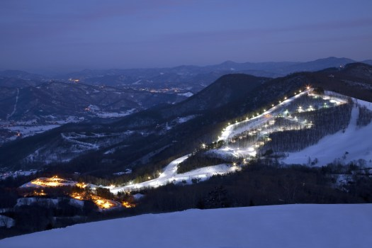 Cataloochee ski area in North Carolina offers night skiing to its guests. Another Indy Pass partner. The Indy Pass will get you skiing for just USD 199 at North America's authentic independent resorts.